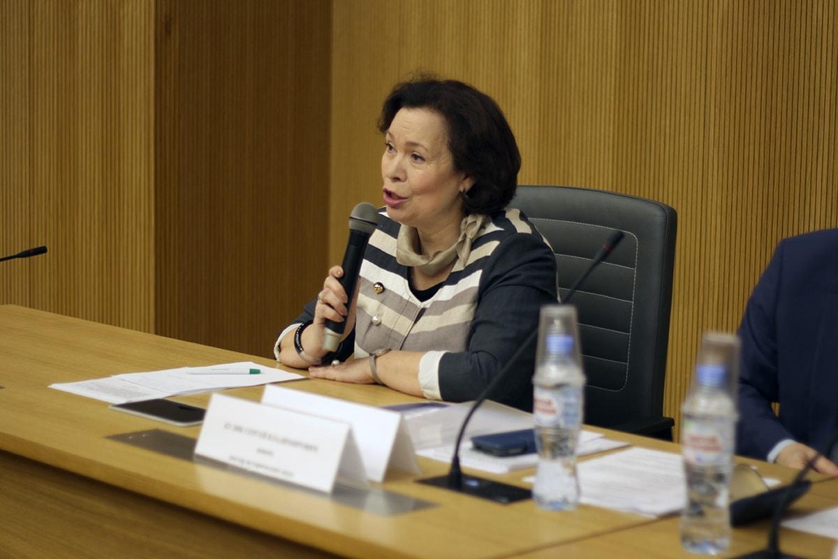 Директор Гуманитарного института Алмазова Надежда Ивановна